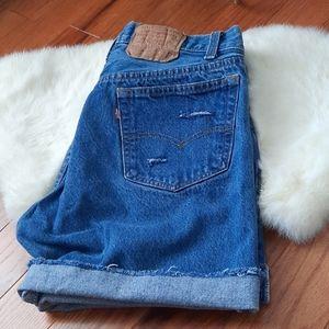 Vintage 501 distress cut off shorts
